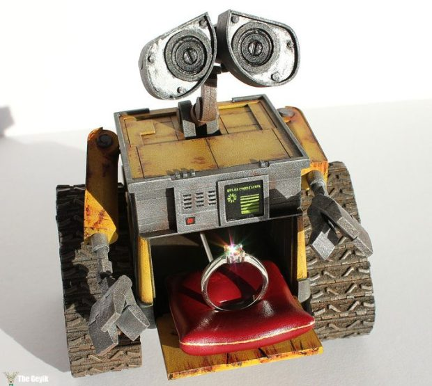 wall-e-ring-box