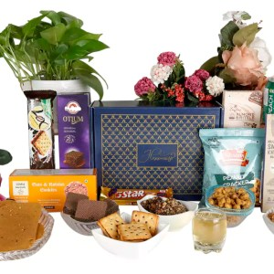 Almond Brittle, Khakhra and Nuts Hamper
