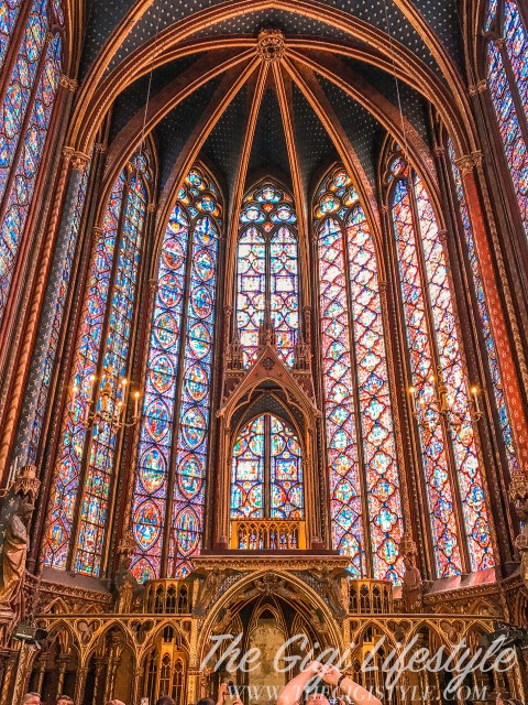 The altar of the church of Sainte-Chapelle.