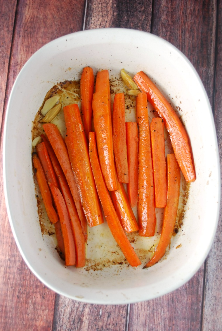 garlic-roasted-carrots