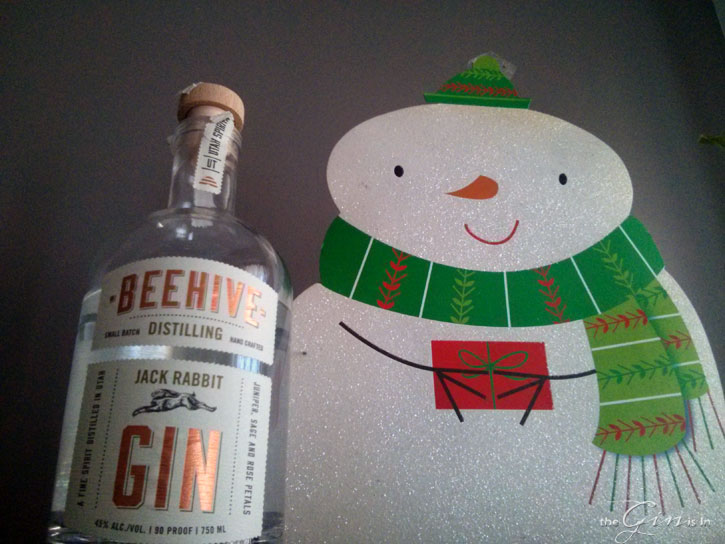 beehive-bottle-with-snowman
