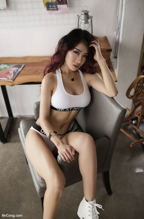 Sexy gai dep in nude art at HappyLuke Vietnam online casino