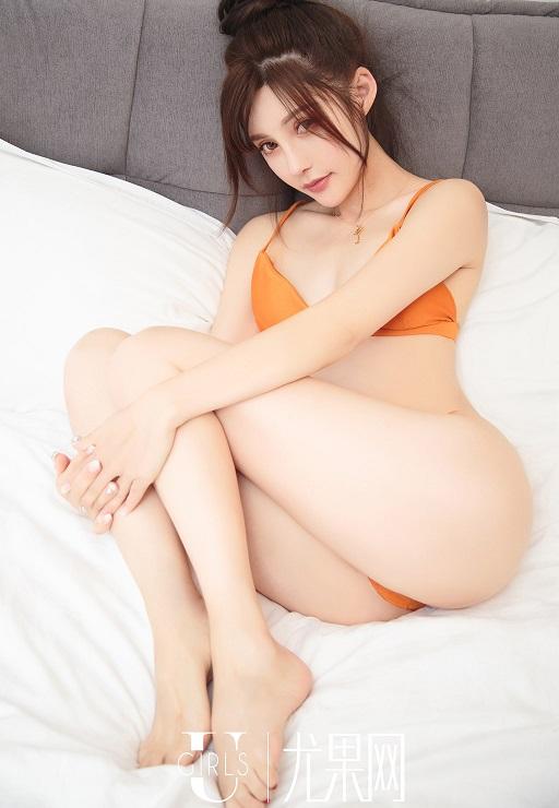 Emily asian hot girl ảnh nóng sexy khiêu dâm khỏa thân