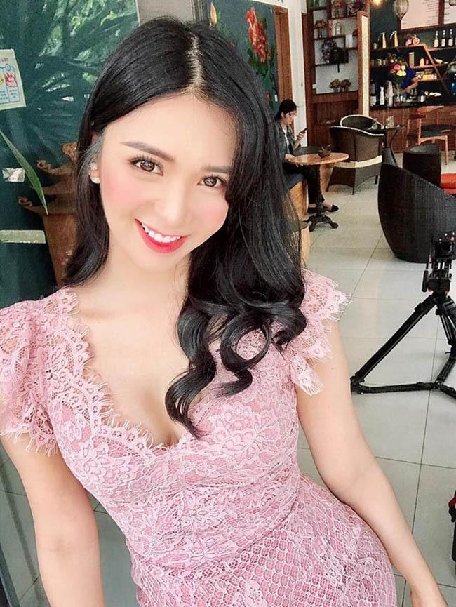 Thanh Bi – tình cũ Quang Lê nóng bỏng như thế nào?