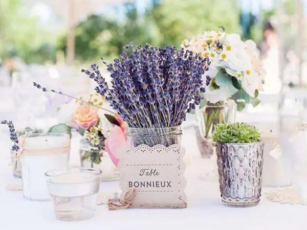 Ý nghĩa hoa oải hương trong tình yêu