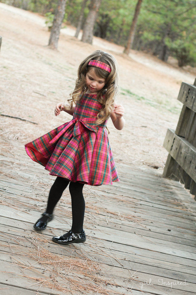 Holiday Photo Tips and Amaryllis Dress Pattern Review