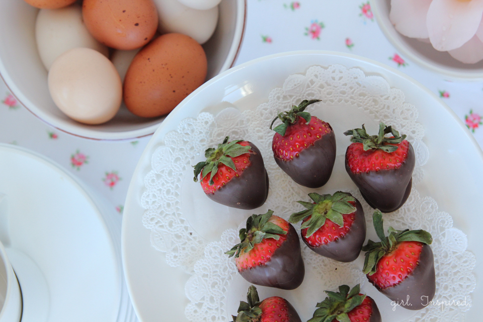 How to make real Chocolate Dipped Strawberries