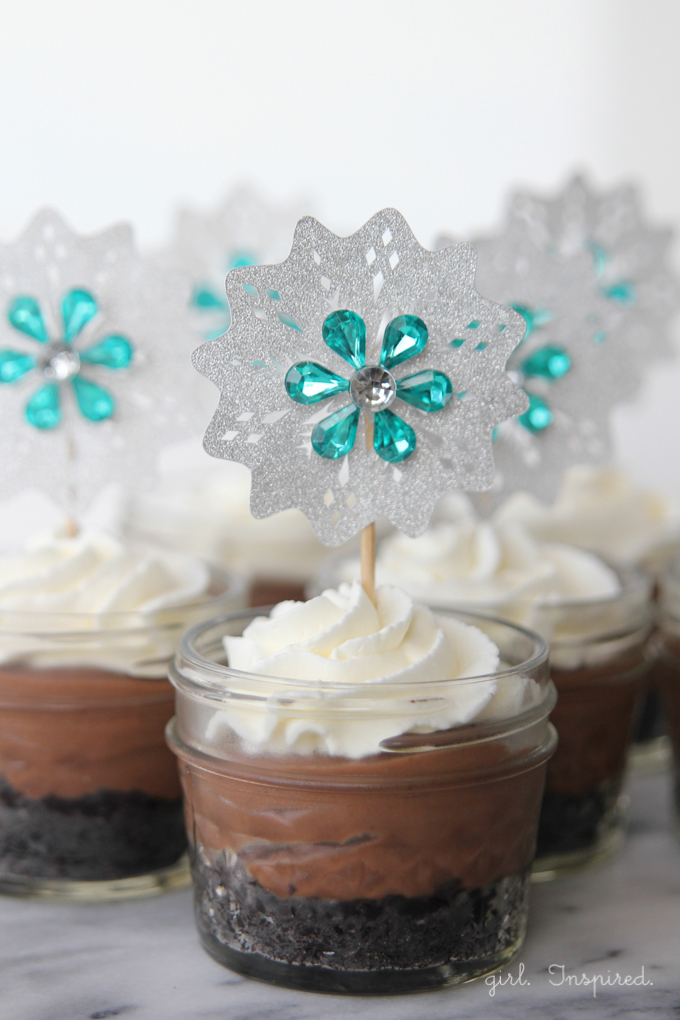 Frozen Birthday Party Cupcake Toppers - simple and lovely!