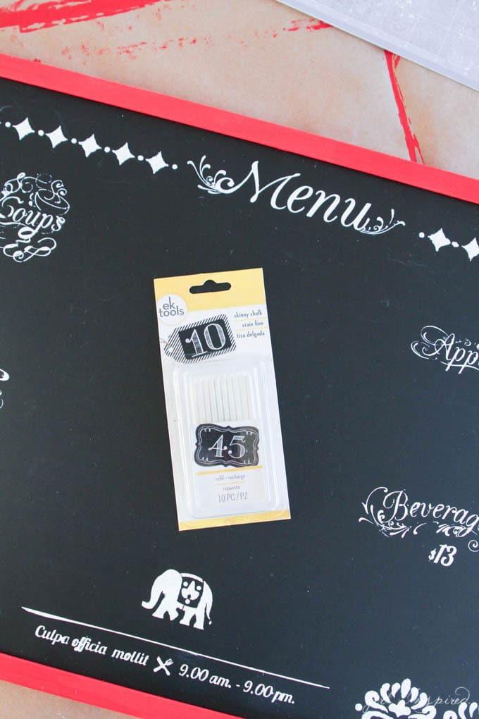 DIY Playroom Chalkboard - use tiny chalk for detailing
