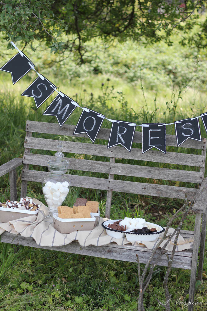 S'Mores Party - cute ideas, free printables, and recipes!