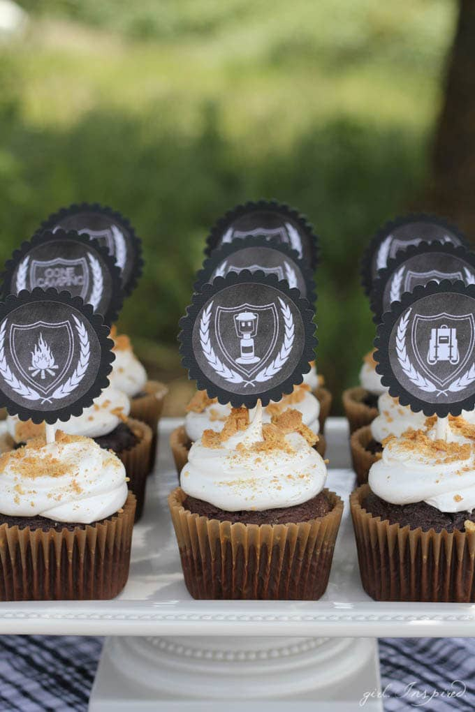 """S'Mores Party - """"s'mores"""" cupcakes and printable cupcake toppers"""