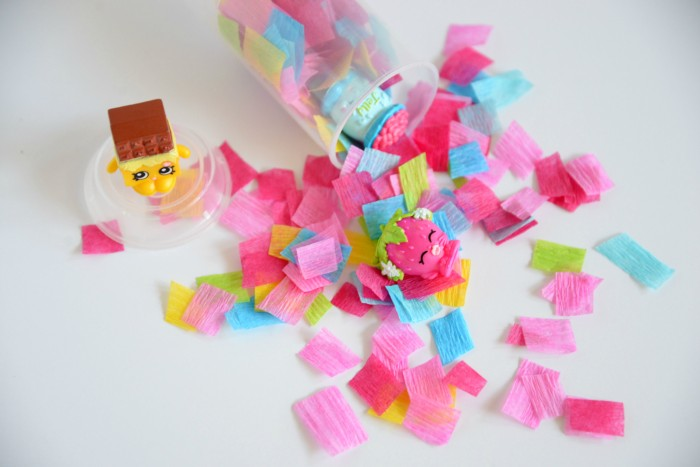 Push up Pop favors plus loads of Shopkins birthday party ideas!