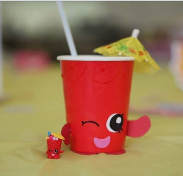 Sippy Sips Birthday Cups with Loads of other Shopkins birthday party ideas!