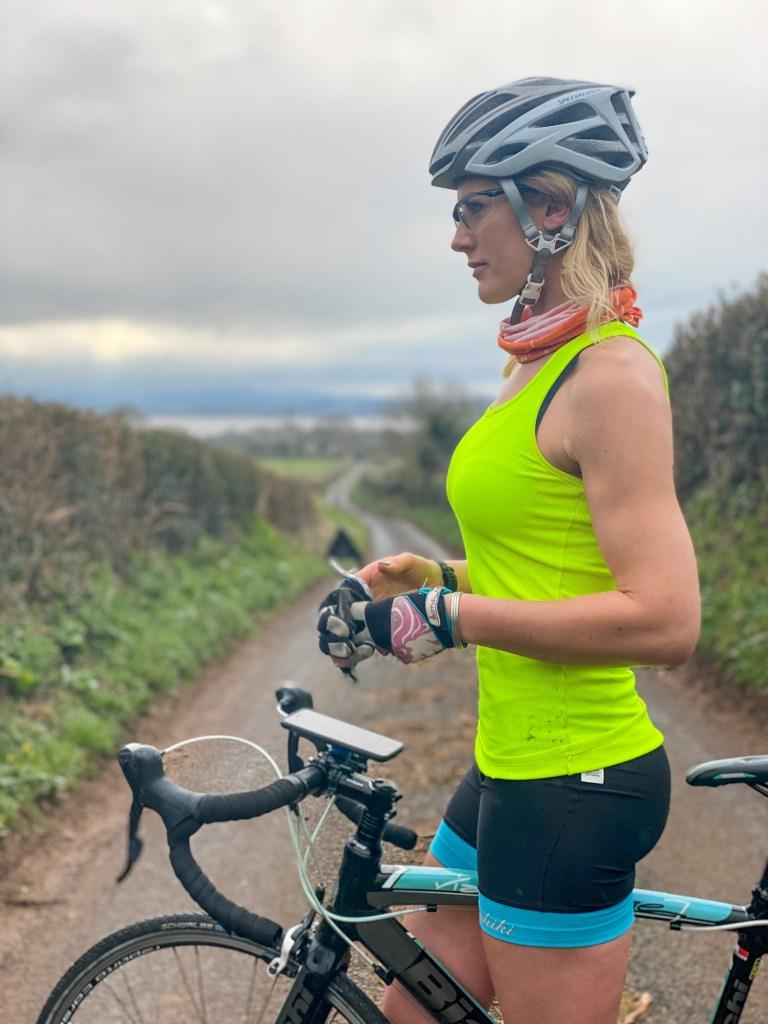 the girl on a bike quad lock 2