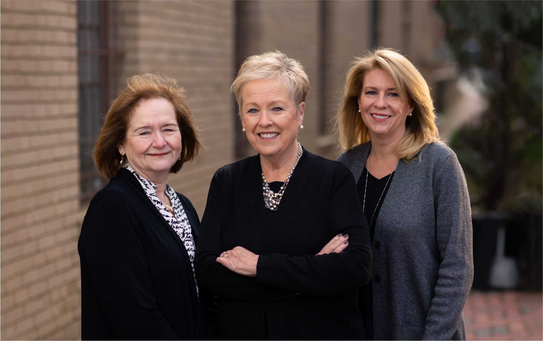 The Girls of Real Estate are Alrington, VA, Gainesville, VA and Northern VA real Estate Experts: Candace Moe, Chelle Gassan and Naomi