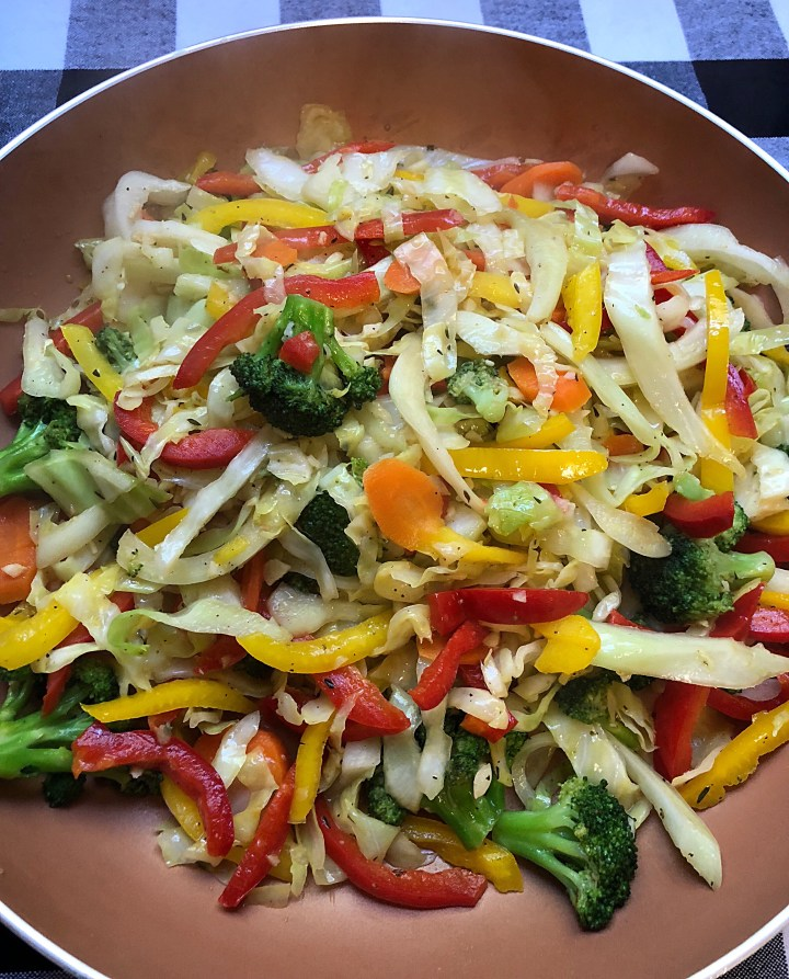 Cabbage And Pepper Stirfry