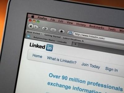 Linkedin screen on Apple Macbook Air