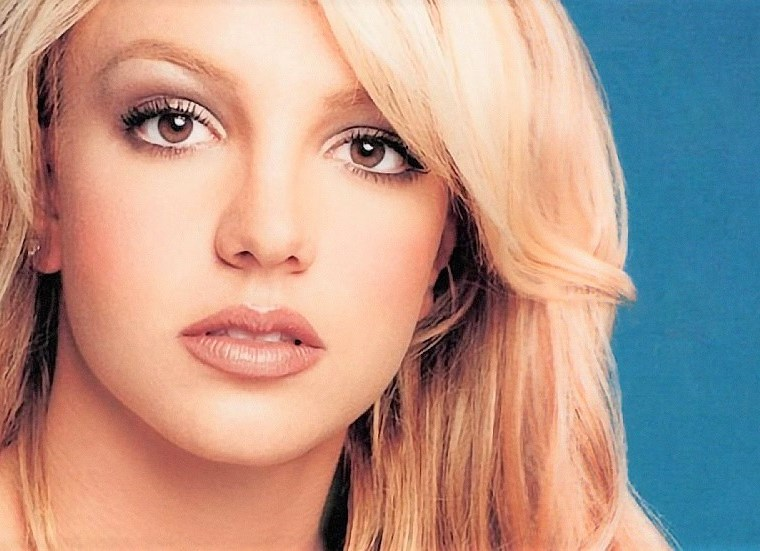 Britney Spears Don't Let Me Be the Last to Know