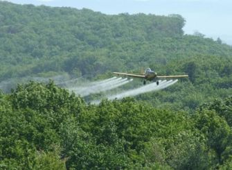 Australian government caught spraying highly-dangerous, illegal chemicals on fragile wetlands
