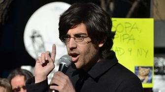 Aaron Swartz's Last Project: Open Source System To Securely & Anonymously Submit Documents To The Press