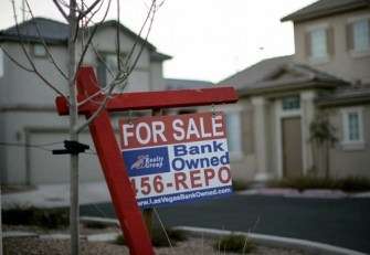 Reinventing Feudalism In America: Existing Home Sales Go Up While Mortgage Applications Fall?