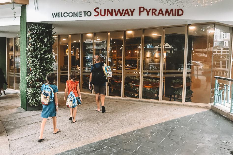 Sunway Pyramid Dinner Mall Food Shop