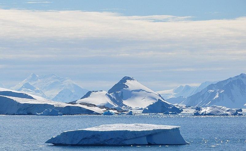 Effects of massive iceberg break off in Antarctica