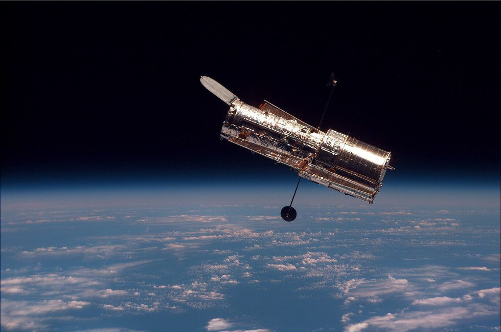 What is the life expectancy of the Hubble telescope?