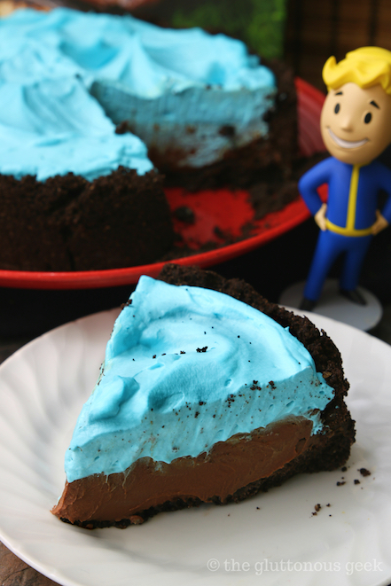 Mississippi Quantum Pie from The Official Fallout Cookbook by Victoria Rosenthal. Recipe and review by The Gluttonous Geek.