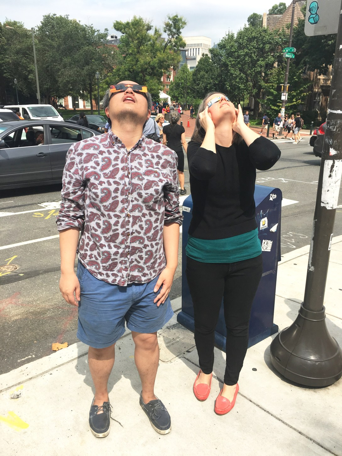 Iggy and The Goddess Attainable viewing the solar eclipse on August 21, 2017