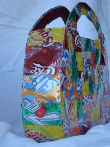 soda can purse side view