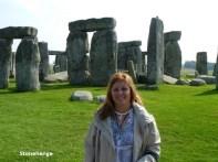 stonehenge-600x