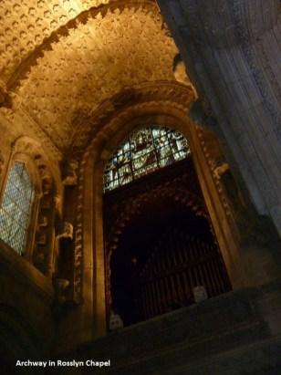 archway-rosslyn-chapel-600x
