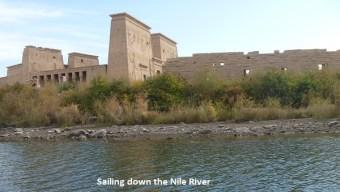 sailing-down-the-nile-river-600x