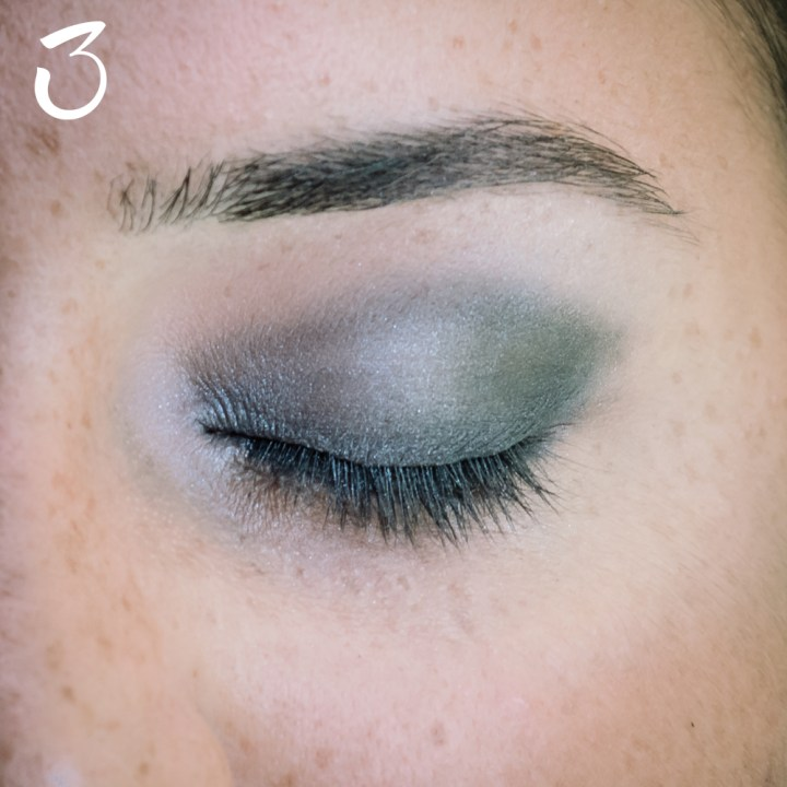 makeup nero grigio occhi sensibili 4