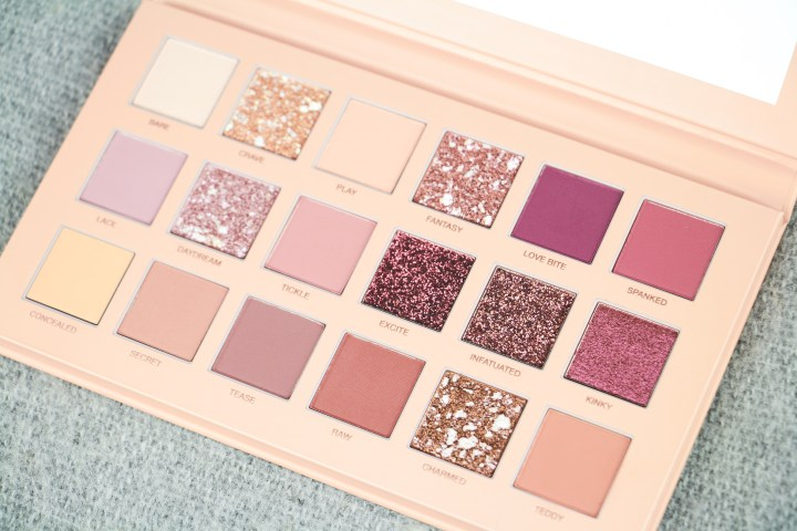 Huda Beauty New Nude palette