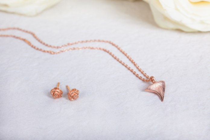 I Love a Lassie - Rose Thorn collection - Rose Studs and Thorn necklace - 18ct rose gold vermeil
