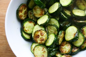 Roasted zucchini / courgettes