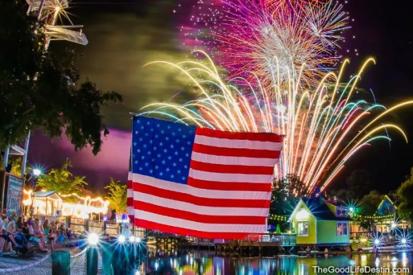 The Village of Baytowne Wharf July 4th