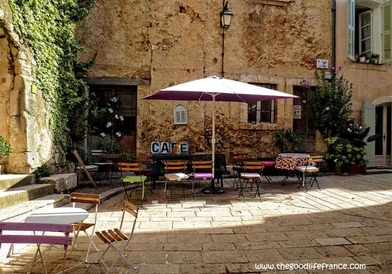 provence cafe photo
