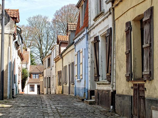 montreuil-sur-mer-street