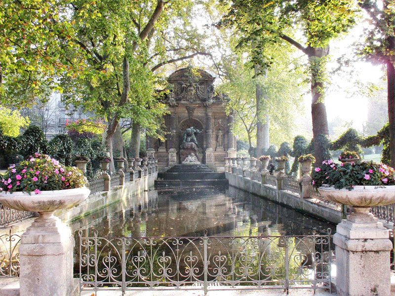 medici-fountains-luxembourg-gardens-paris