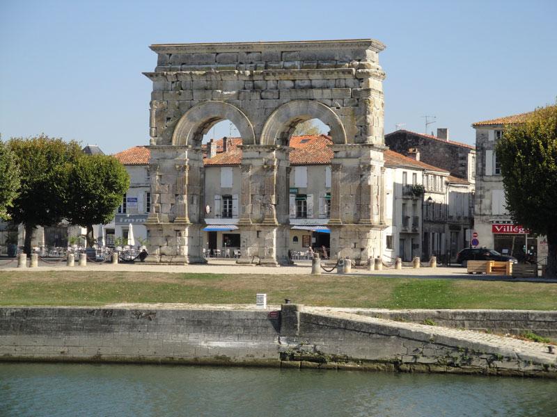 Roman arch in the town of Saintes, Poitou-Charentes, France