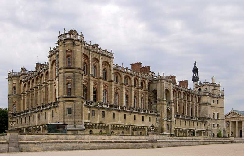 Chateau of Saint-Germain-en-Laye, grand and imposing with strong lines