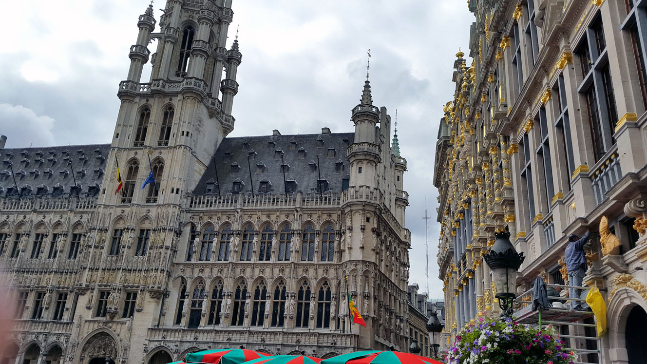 Grand Place - A road trip through Germany, and other ways to pass the time (Part 2): Brussels and Nieuwpoort