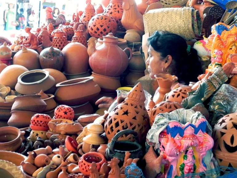 Terracotta shopkeeper in Mapusa - An off-the-beaten-path Goan holiday
