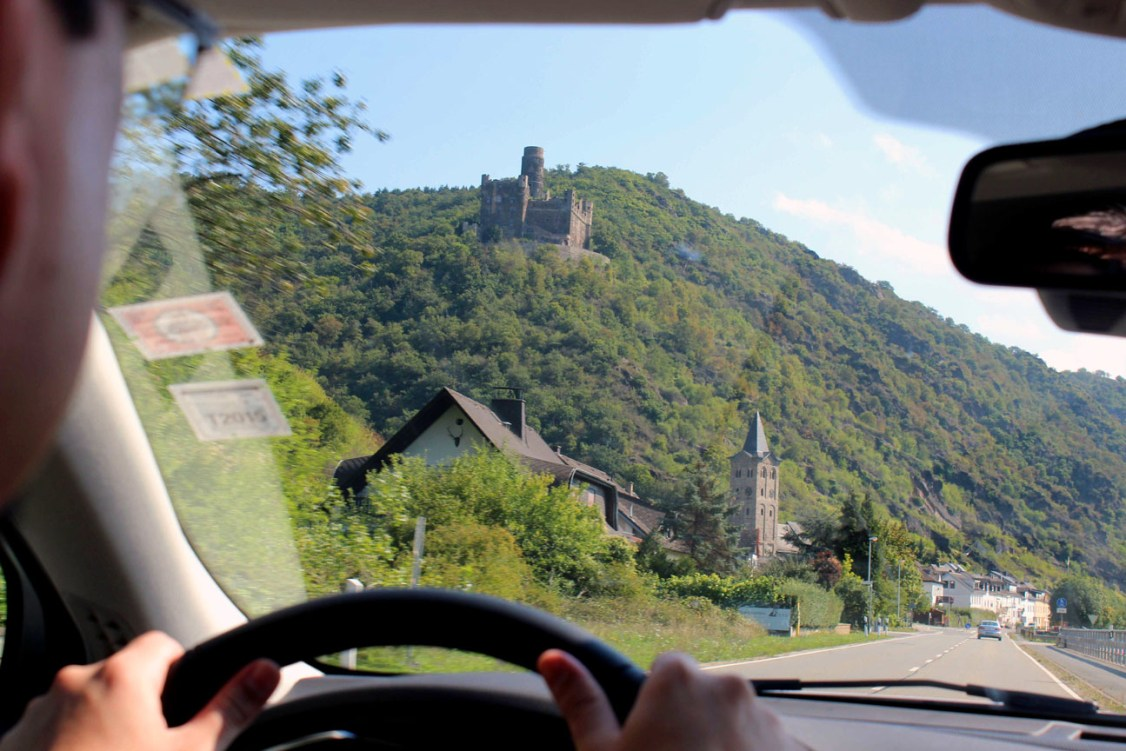 Castle on the way to Ruedesheim - A road trip through Germany, and other ways to pass the time (Part 3): the Rhine valley