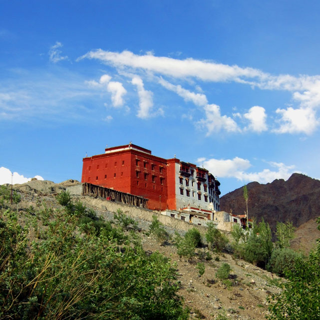 Leh - Hill monastery 1 - Eight things we learned in Ladakh