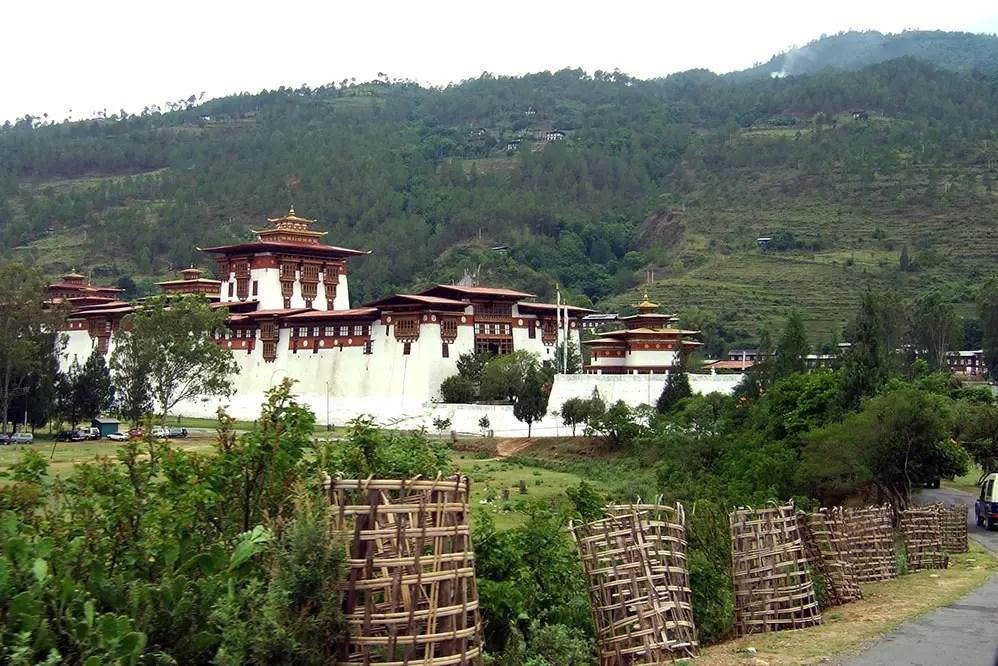 Bhutan - Punakha road view