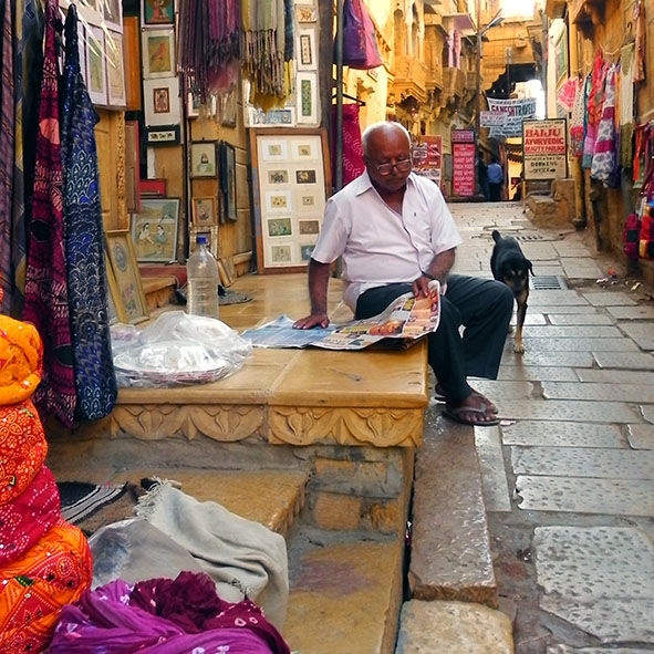 Jaisalmer - REading newspaper